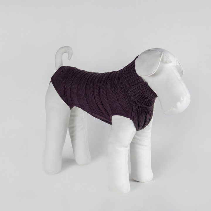 made-to-measure sweater for dogs in black cherry wool