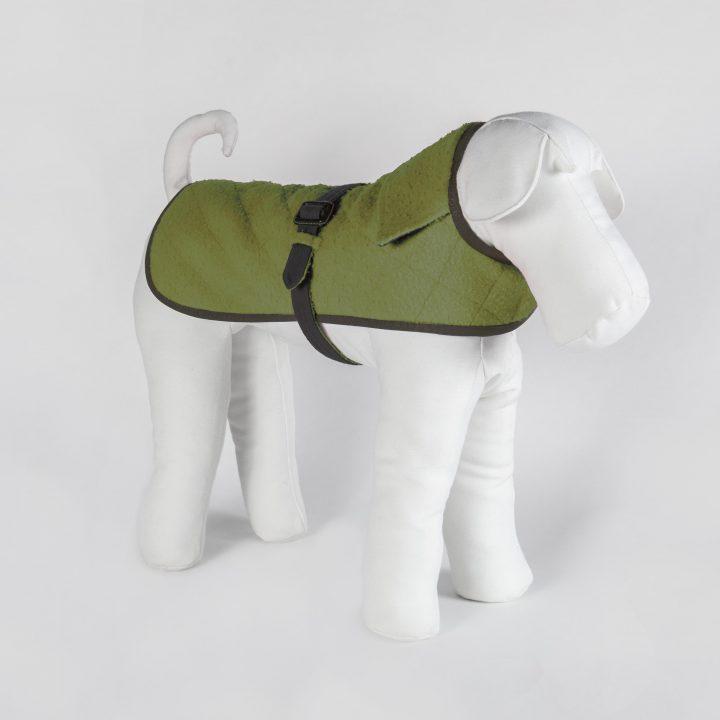 cappotto per cani double-face su misura in Casentino verde e cashmere marrone