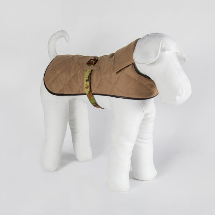 reversible coat for dogs in camouflage fabric and beige cashmere
