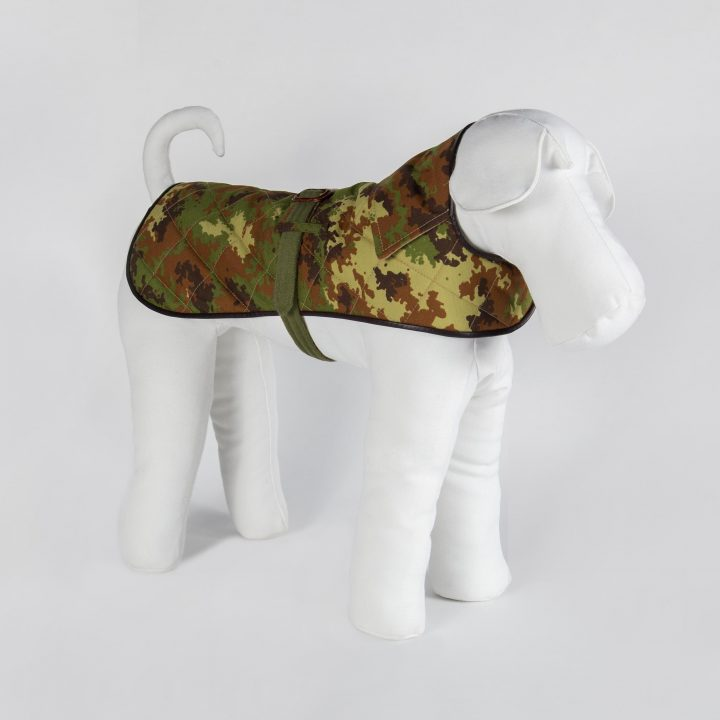 reversible coat for dogs in camouflage fabric and green cashmere