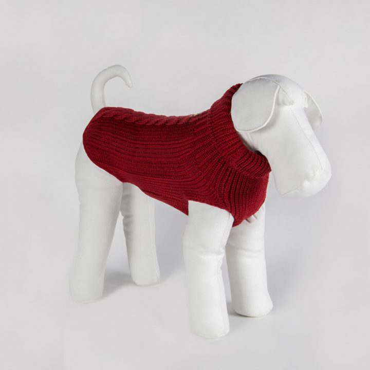 made-to-measure dog sweater in warm red merino wool