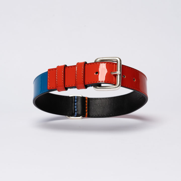designer collar in red and blue leather