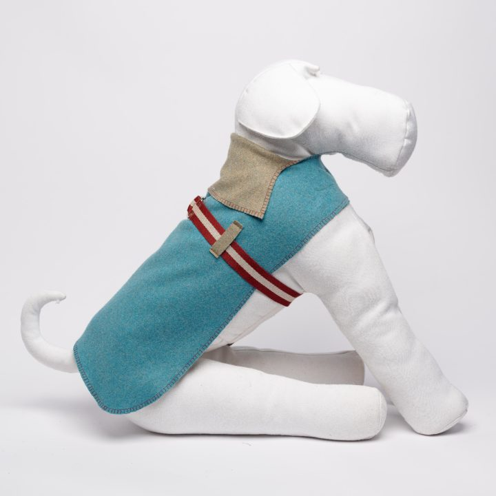 bespoke double-sided dog coat in paired pure wool knit fabric